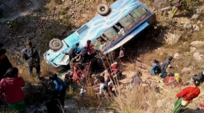अर्घाखाँची दुर्घटना अपडेट : मृत्यु हुनेकाे संख्या १९ पुग्यो, ११ काे सनाखत