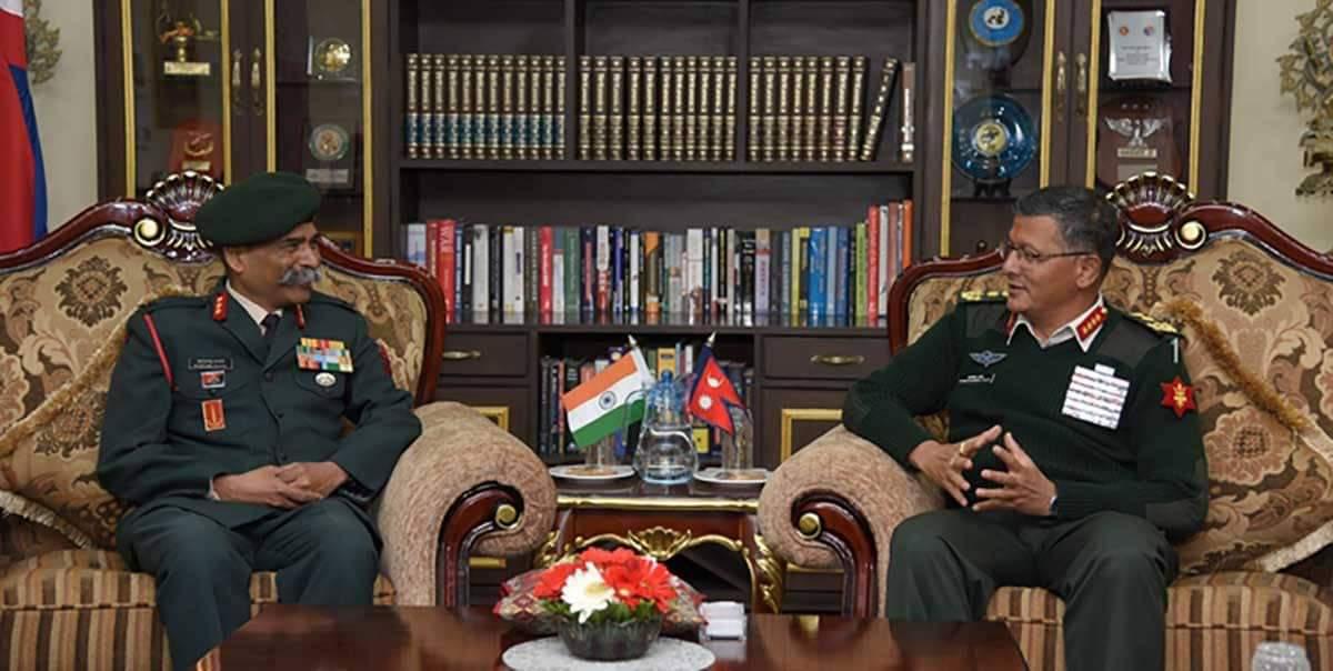 सेनापति थापा र भारतीय सेनाका लेफ्टिनेन्ट जनरलबीच शिष्टाचार भेटवार्ता